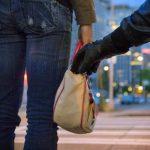 Como evitar batedores de carteira em viagens